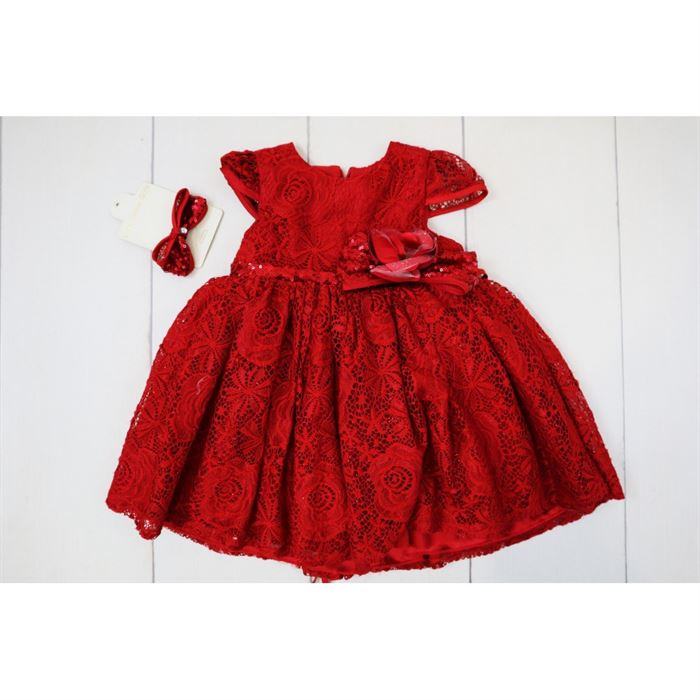 Elegancka czerwona koronkowa sukienka z opaską