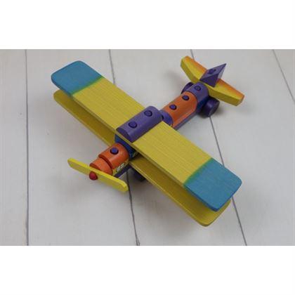 Drewniany samolot uczący precyzji najmłodszych 1