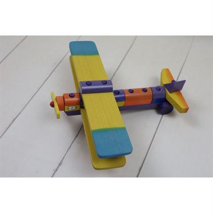 Drewniany samolot uczący precyzji najmłodszych 2