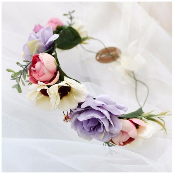 Wianek dla dziewczyny ze sztucznych kwiatów 1