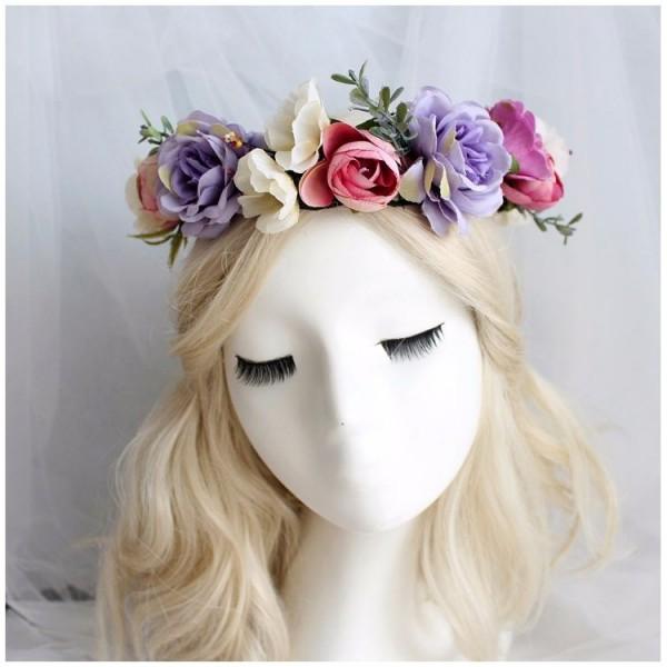 Wianek dla dziewczyny ze sztucznych kwiatów 2