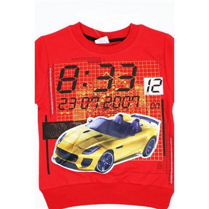Czerwona bluza z samochodem 1