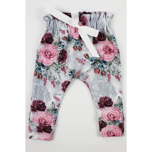 Komplet Gamex body z falbanką i spodnie w kwiaty 1