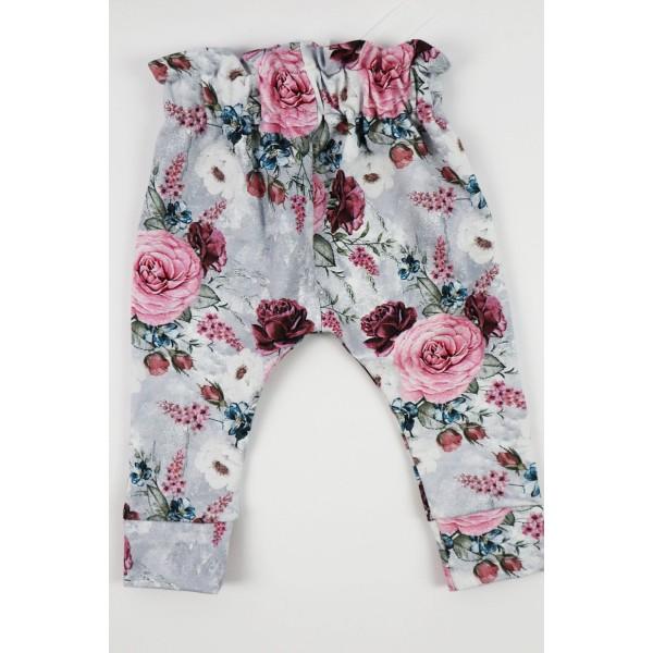 Komplet Gamex body z falbanką i spodnie w kwiaty 2