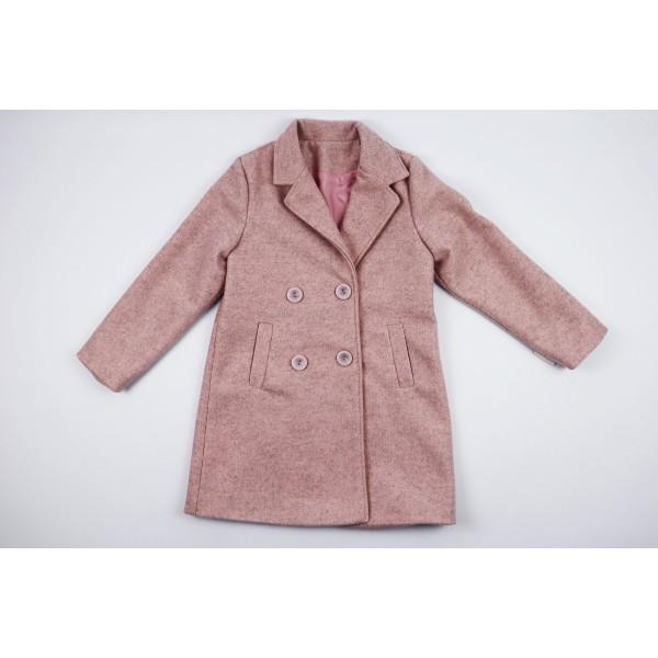 Różowy płaszcz prochowiec z kołnierzem