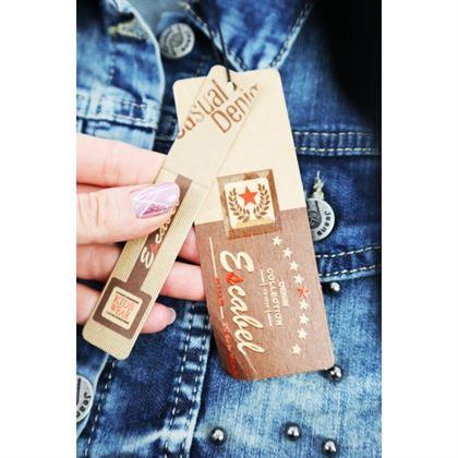 Kurtka jeansowa dla dziewczynki z wystrzępionym dołem i dżetami z przodu
