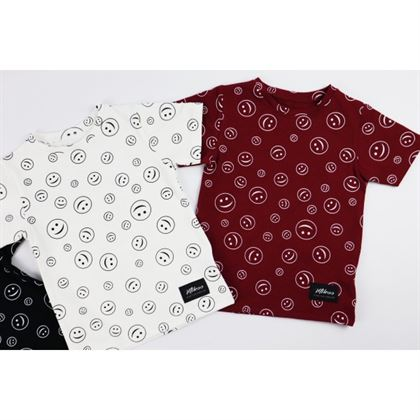 T-shirt dla chłopca z buźkami 2