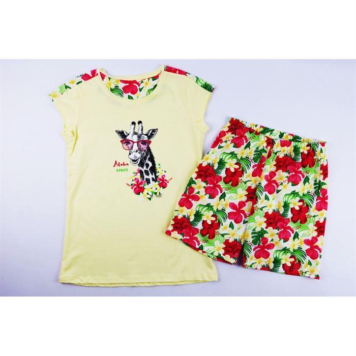 Piżamka dla dziewczynki z żyrafą