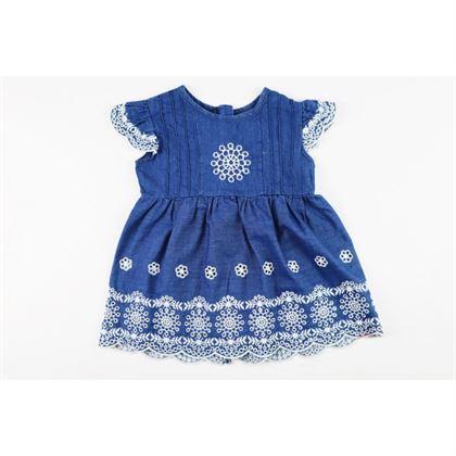 Jeansowa sukieneczka dla dziewczynki z ażurowymi wstawkami