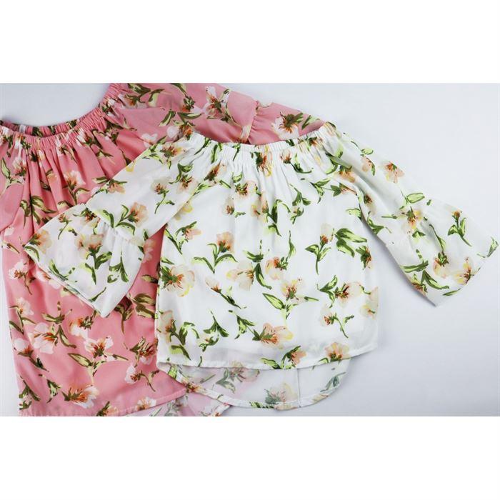 Ecru bluzka dla dziewczynki w kwiaty z rozszerzanymi rękawami
