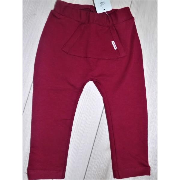 Bordowe spodnie z kieszenią
