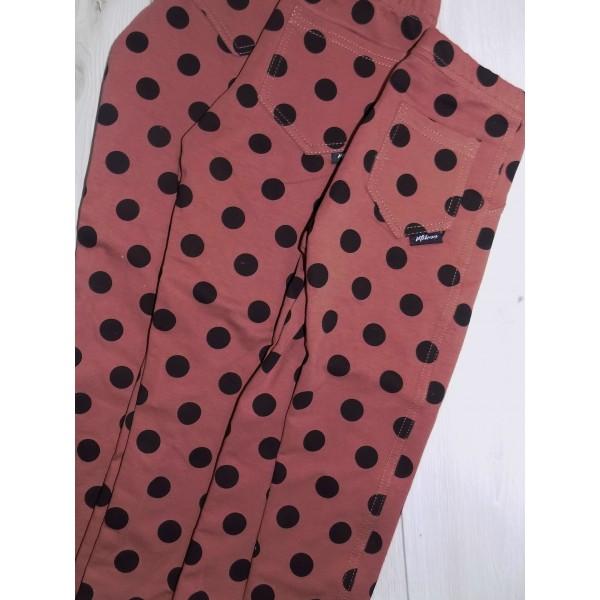 Kropkowane spodnie z kieszonką 1