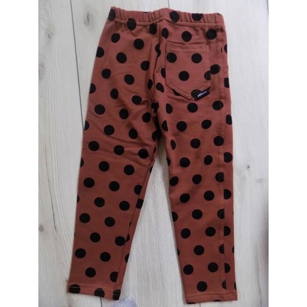 Kropkowane spodnie z kieszonką 2